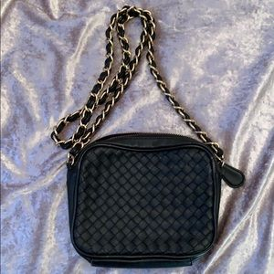 Steve Madden cross body chained bag